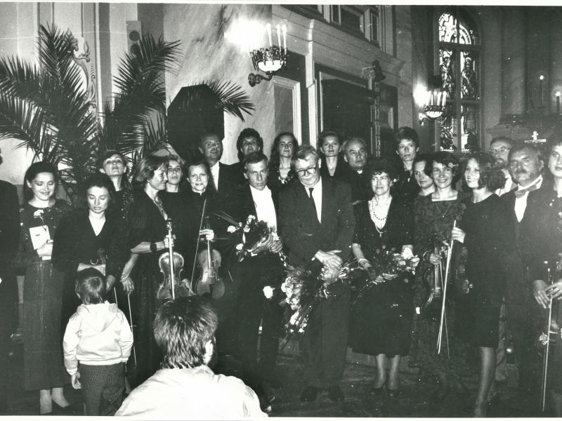 1993 06 20 Sv. Petro ir Povilo baznycia su Reinhartu Krausu